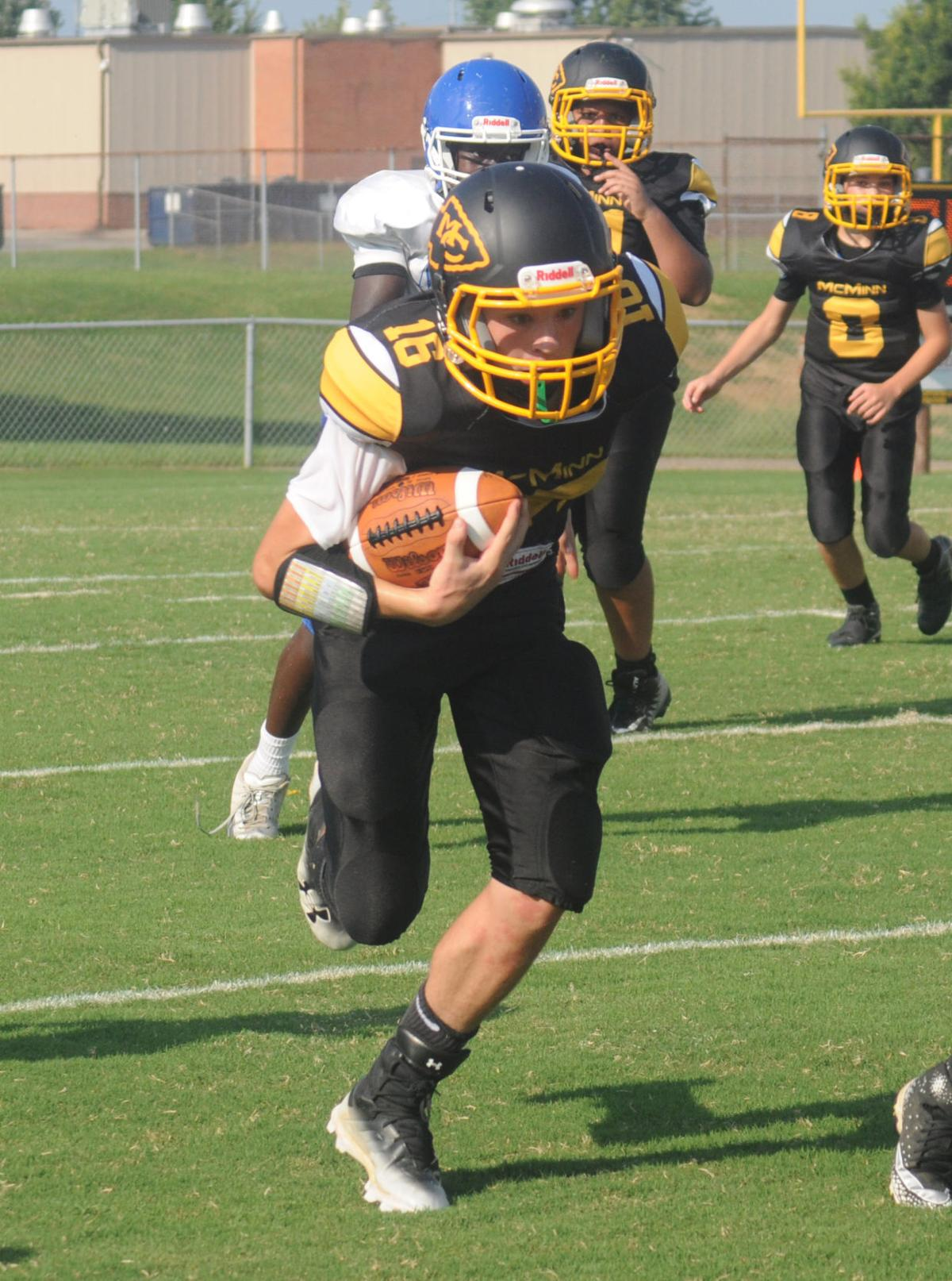 Mcminn Middle Cherokees First Ever Football Game Ends In Loss To