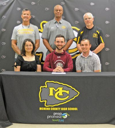McMinn's Spencer Hoffman signs with University of Chicago