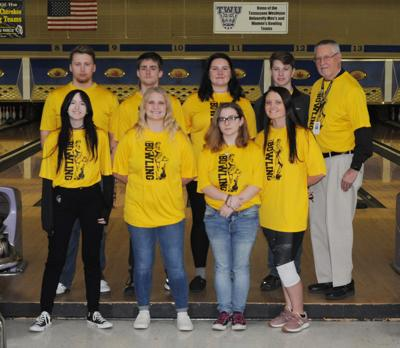 McMinn County bowling celebrates seniors