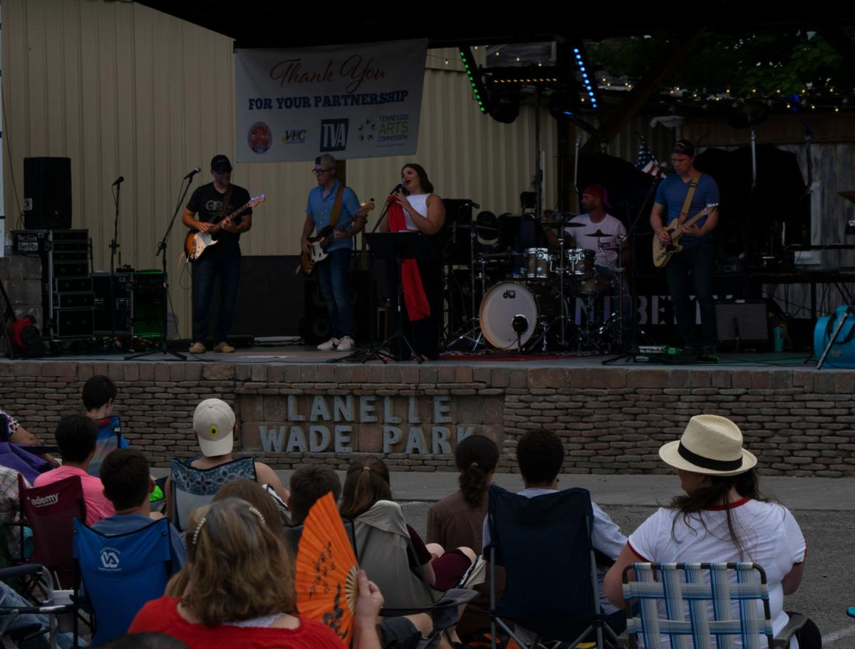 Decatur residents enjoy music for Fourth of July