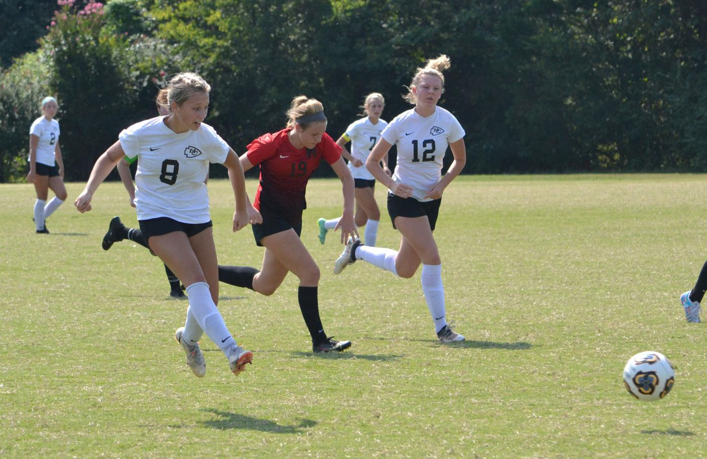 MAIN – McMinn's Kylee Hockman and Lexi Lawson vs. Maryville