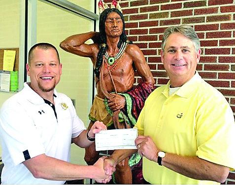 SouthEast Bank donates to McMinn, Meigs high schools