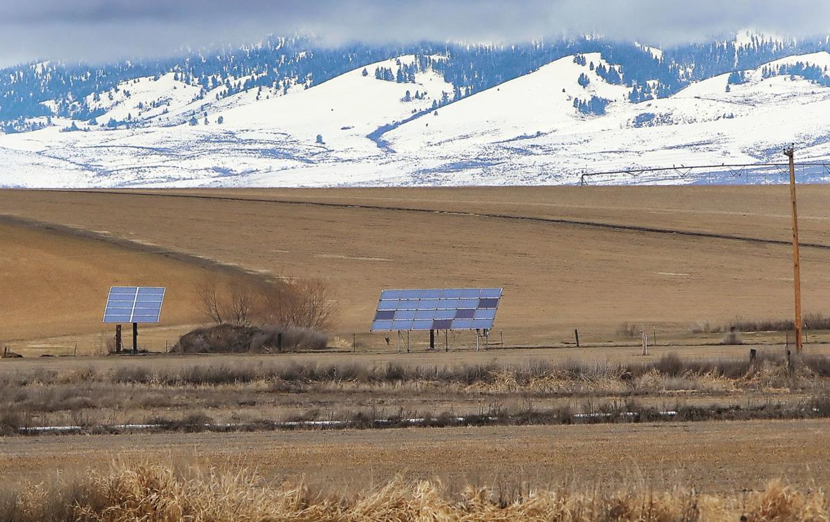 Sun and wind make Ellensburg ideal for Solar