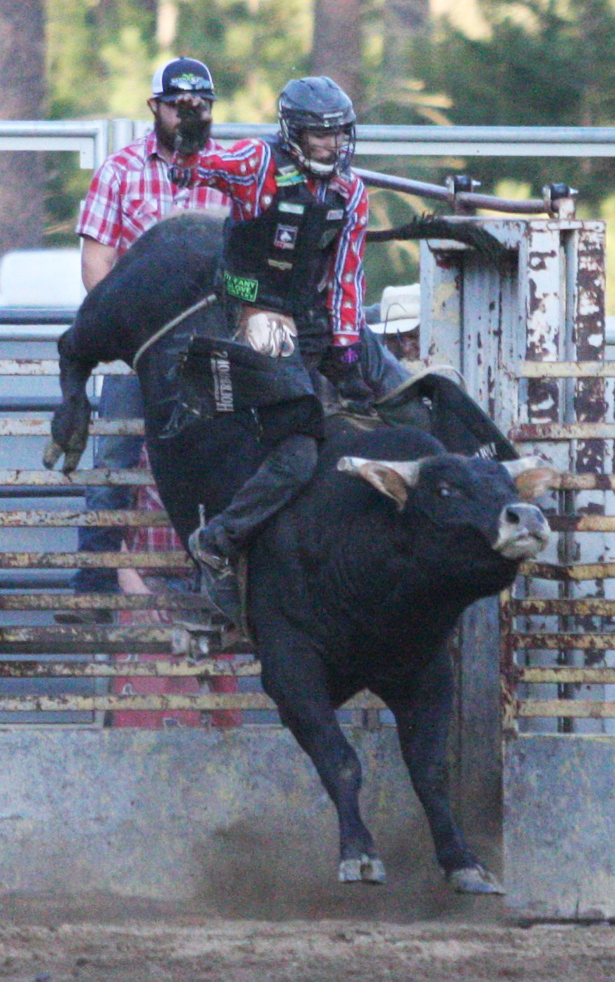Winners Emerge From Cle Elum Roundup Sports