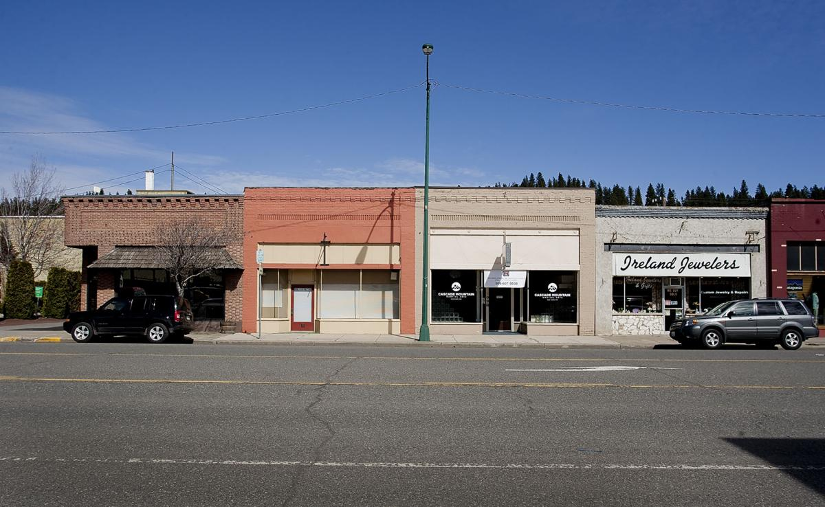 south cle elum mature personals Press to search craigslist save search options close.