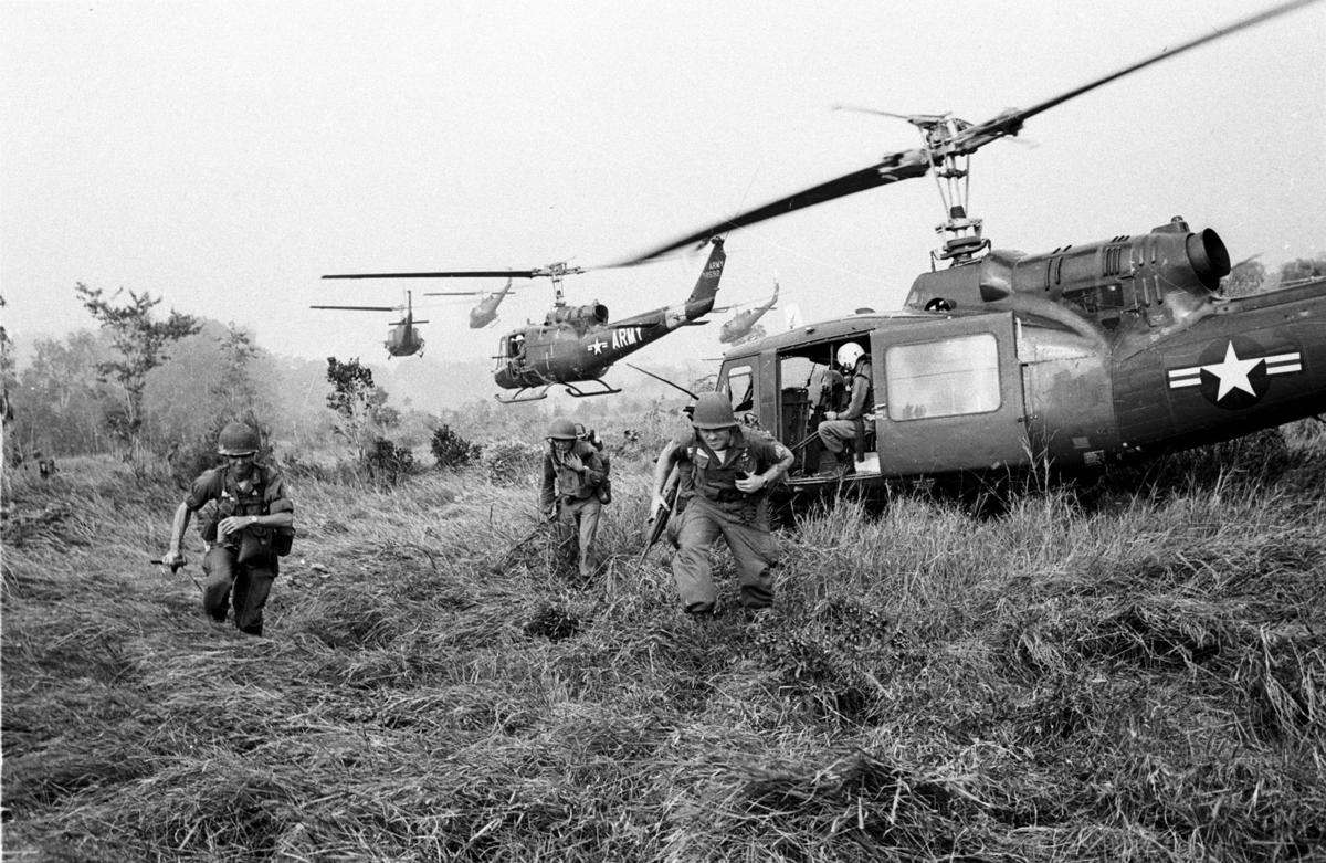 VIETNAM WAR U.S. TROOPS