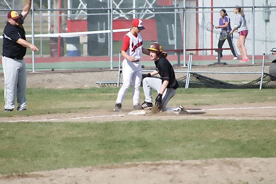 Cle Elum-Roslyn baseball