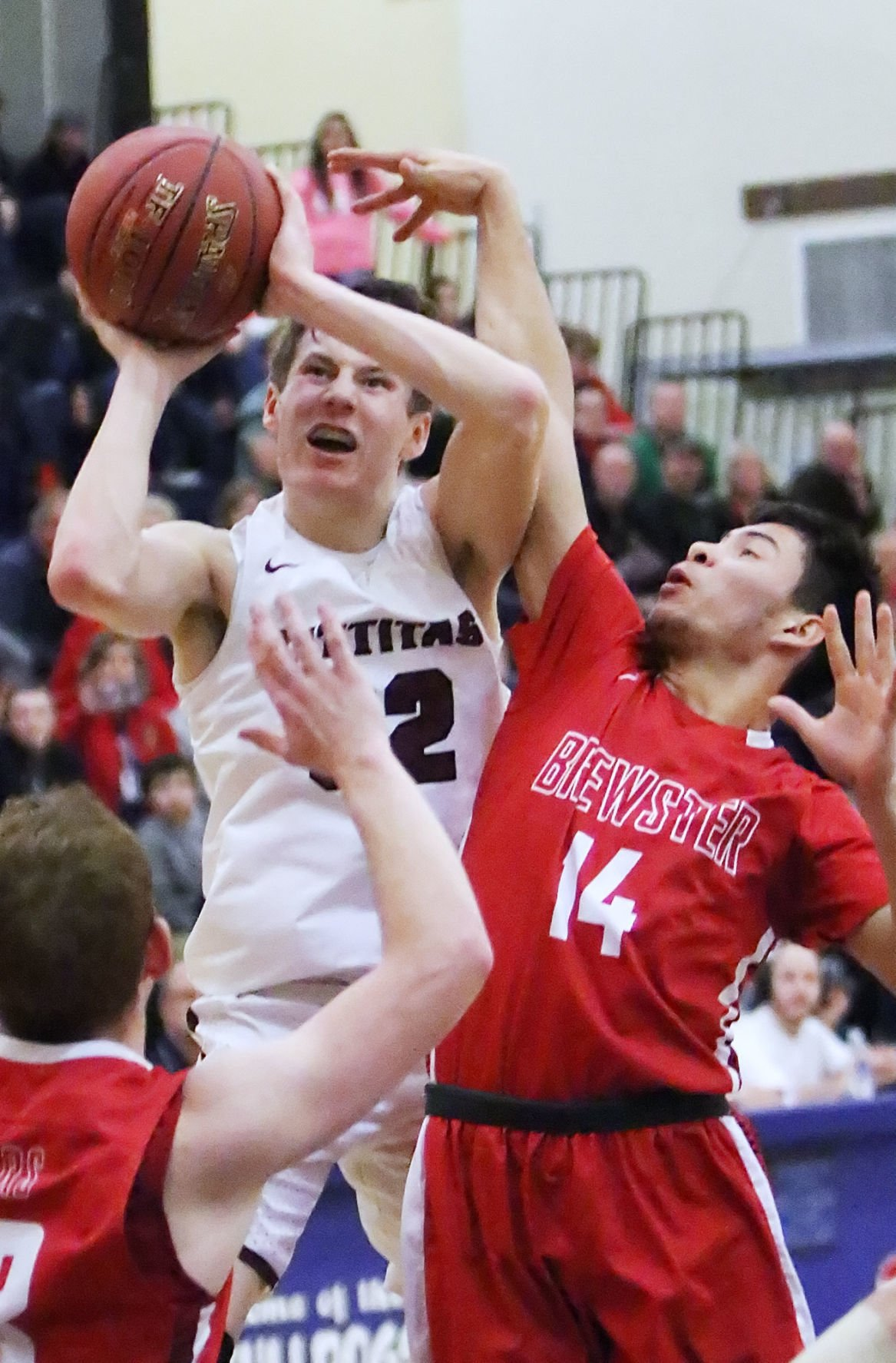 Kittitas boys basketball takes down Brewster in Regional