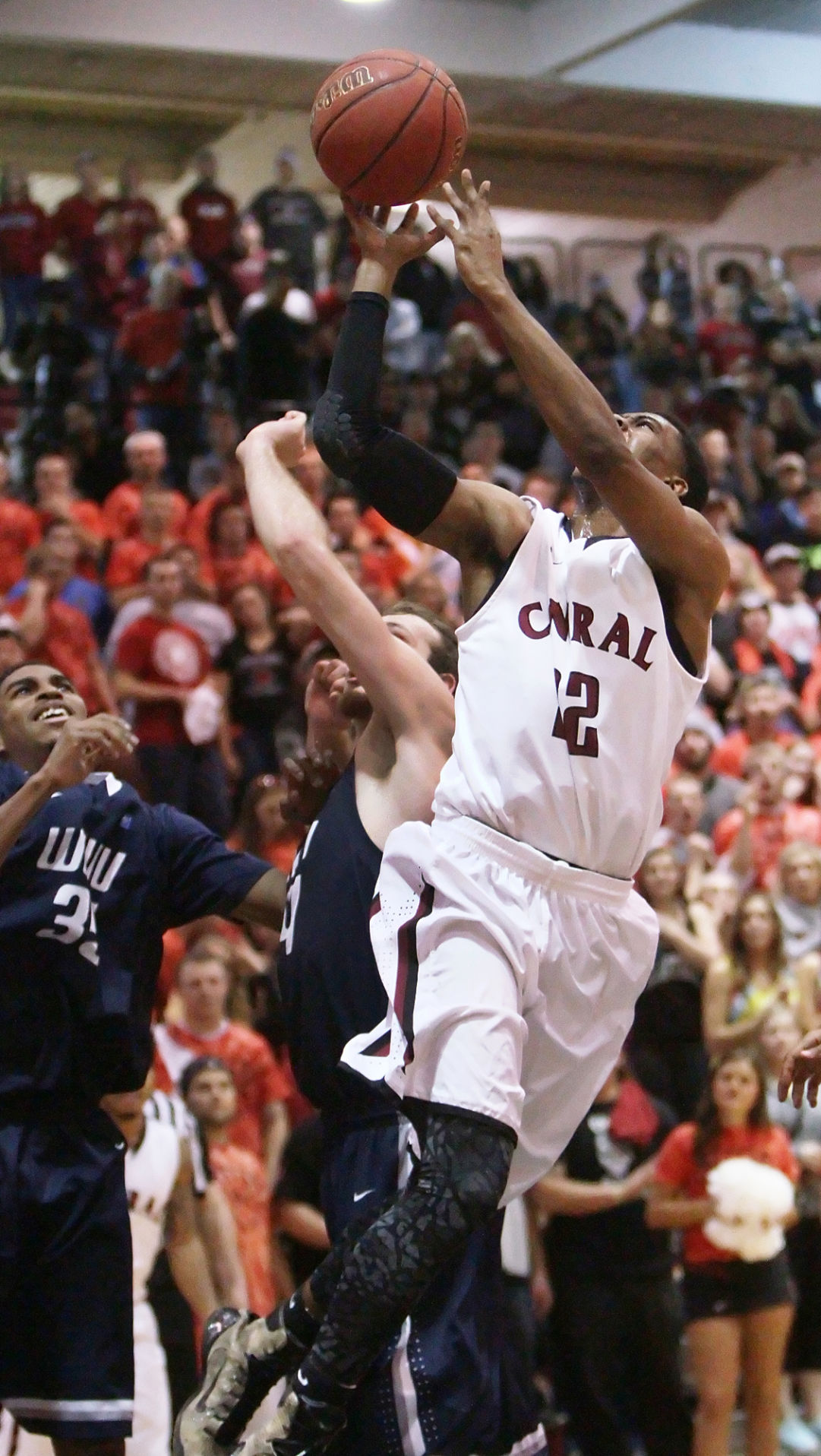 CWU men's basketball ready for heated rivalry against ...