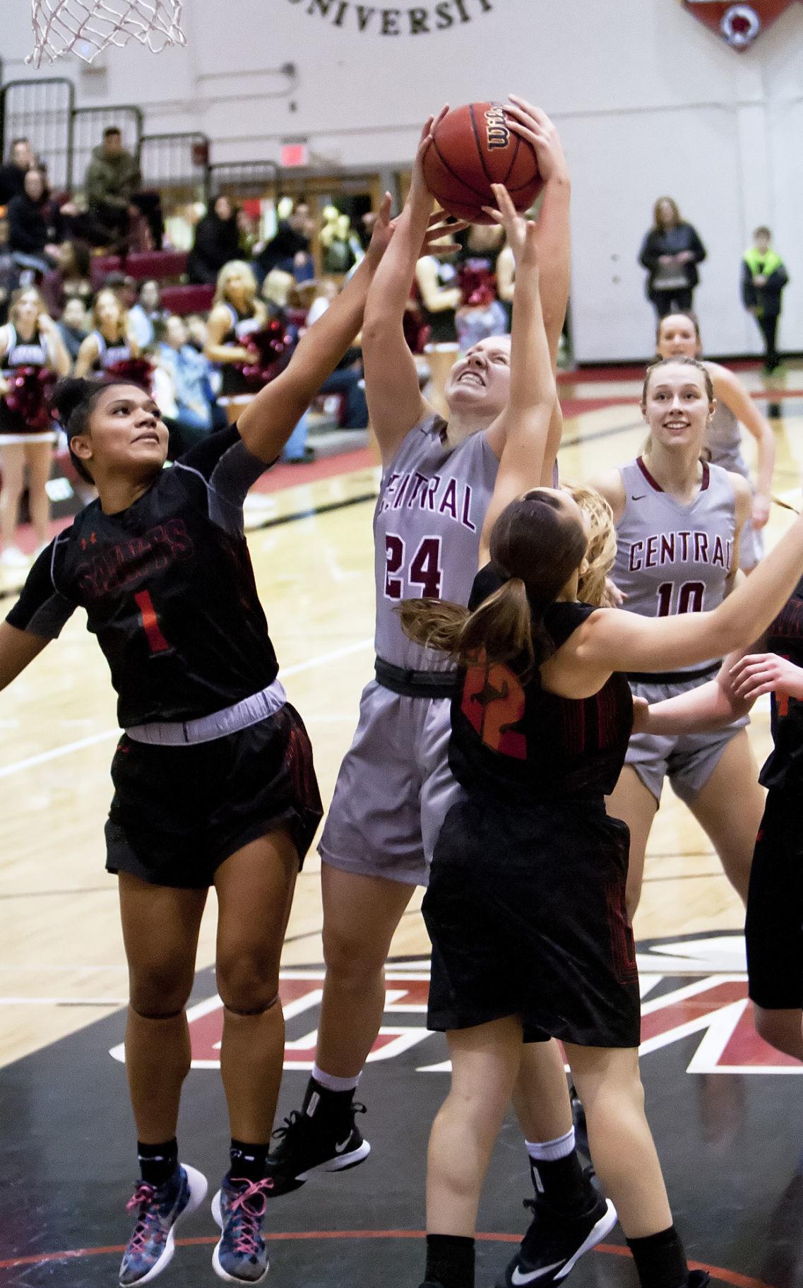 Freshman Kassidy Malcom pushes CWU women's hoops past ...