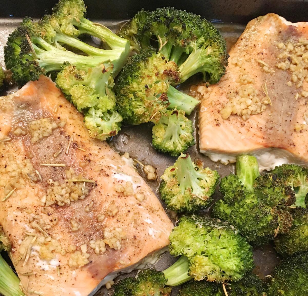 Garlic Butter Salmon & Broccoli