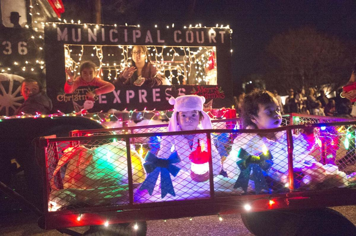 Nacogdoches Christmas Parade 2021 2017 Christmas Parade On Saturday Dec 2 2017 Photo Gallery Dailysentinel Com