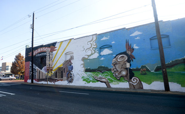 The 107 Foot Mural, Located At The Corner Of North And Main Streets, Is  Being Created By Local Artists Tyson Davis, Giovannie Licea And Dixie Rose  Daniels.