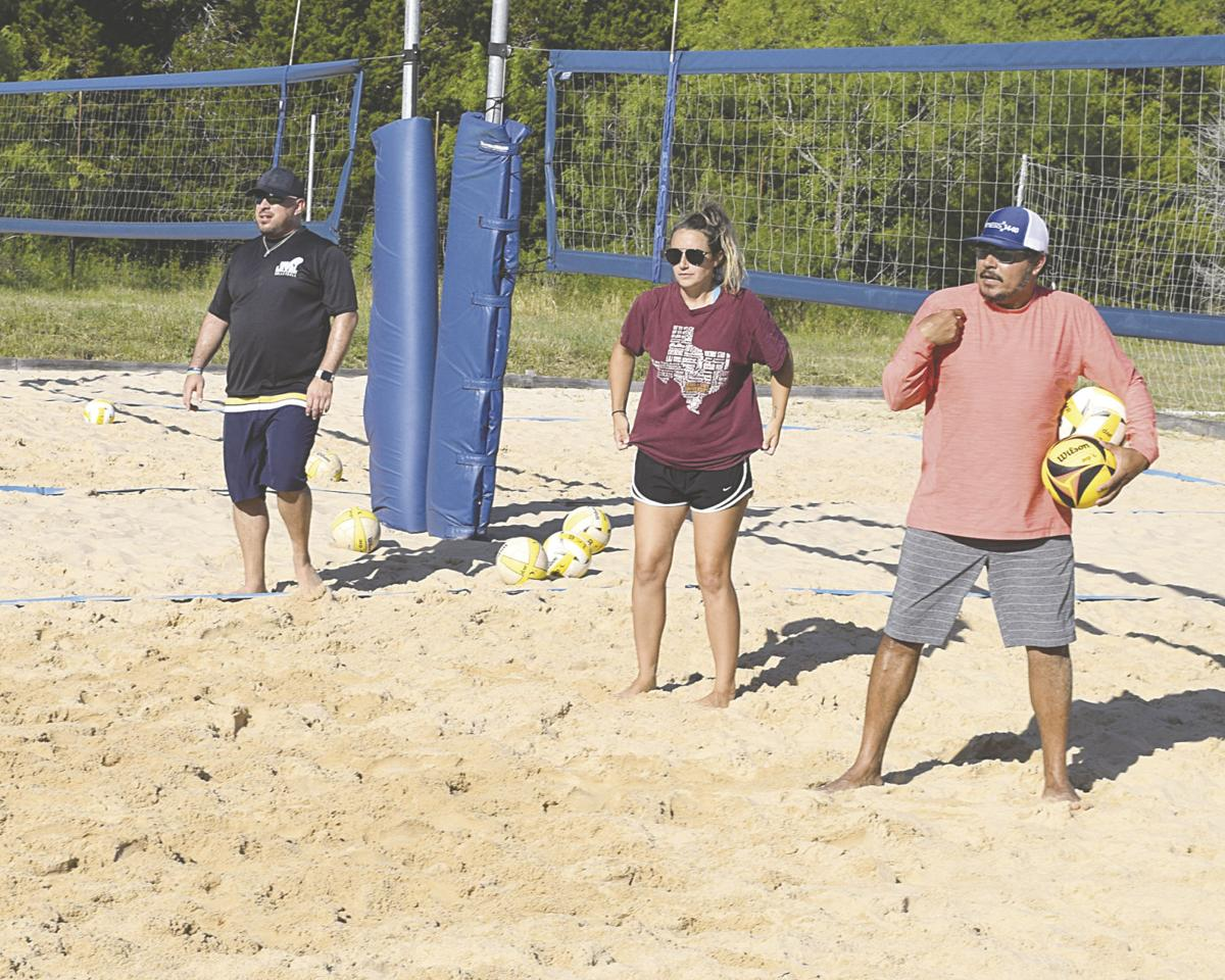 Next Level Volleyball Helping Local Athletes Get Back In Shape With Sand Workouts Promotions Dailytimes Com