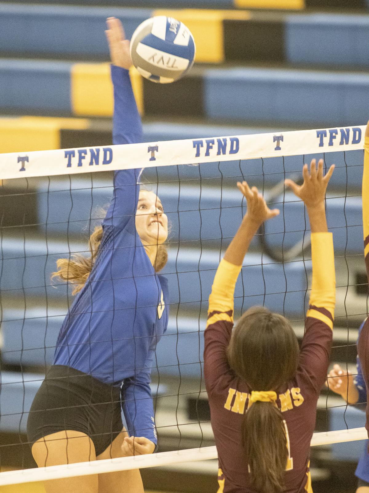 09272019-TivyVolleyball_11.jpg