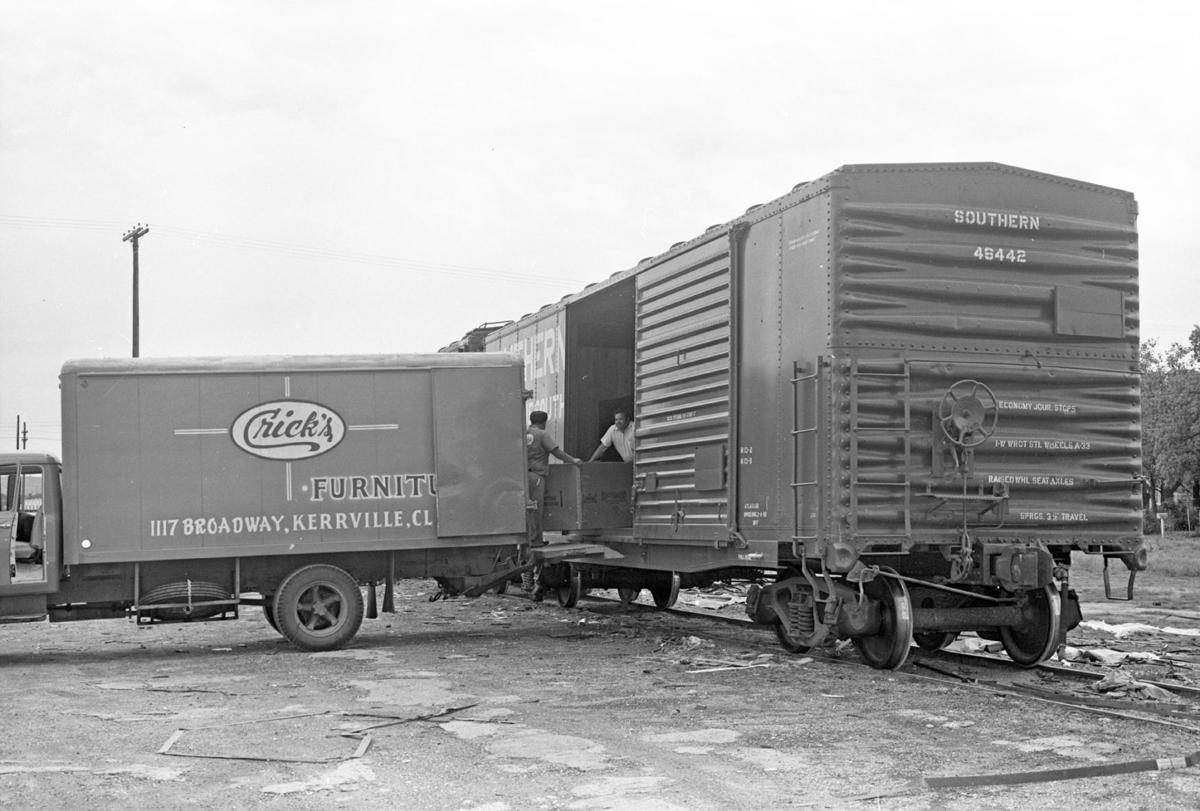 Unloading furniture Cricks 1968