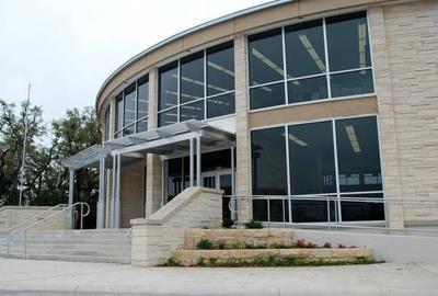 Butt-Holdsworth Memorial Library