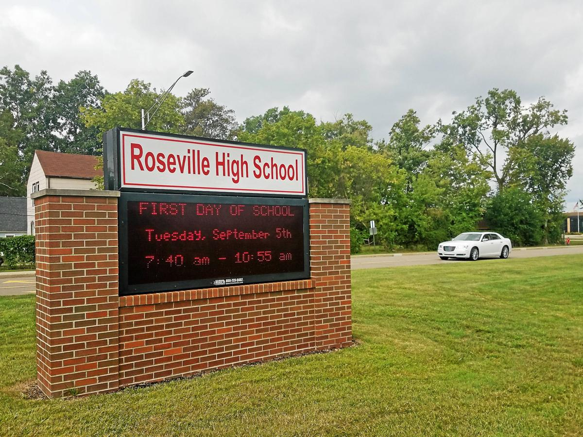 Roseville schools coach under investigation for sexting female students