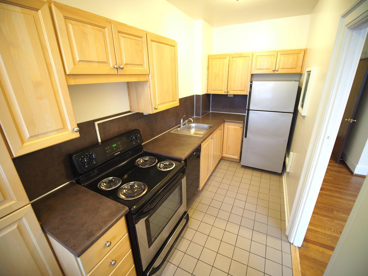 Wilsonian 1 x 1 Plus Kitchen