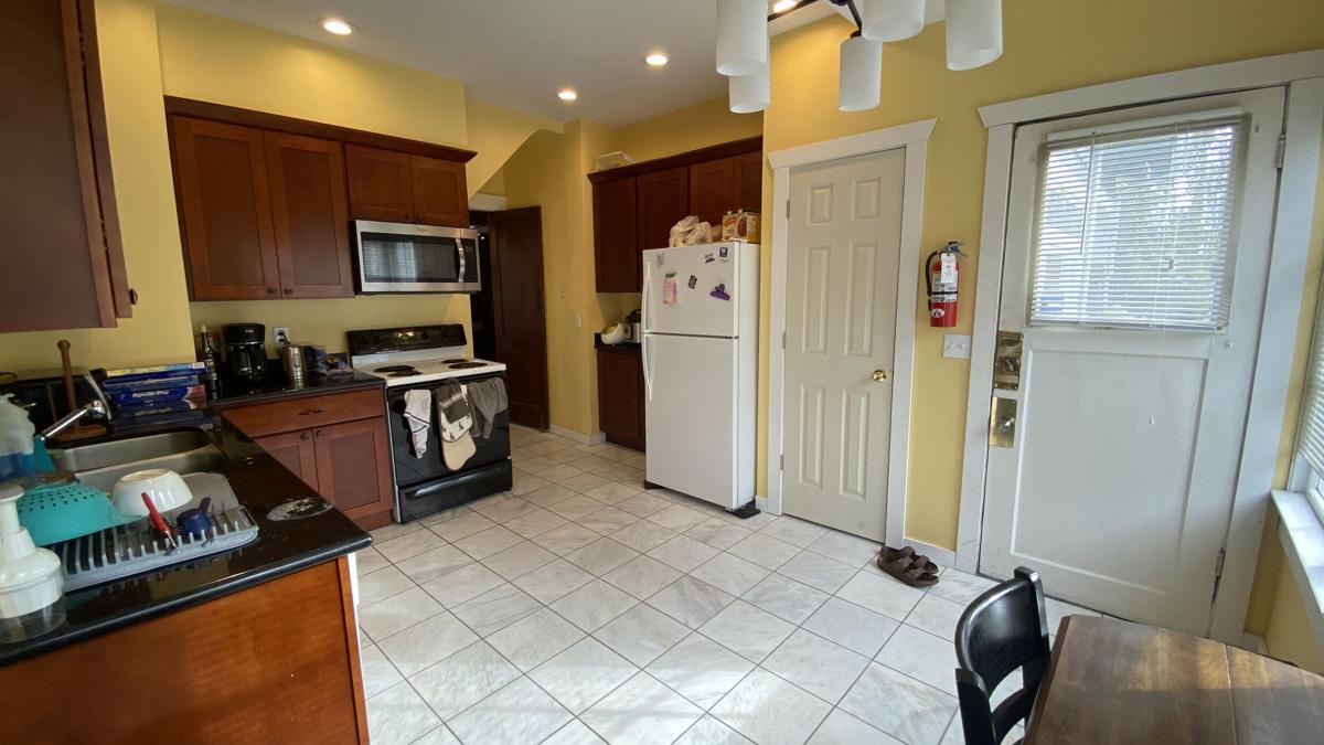 1712 kitchen