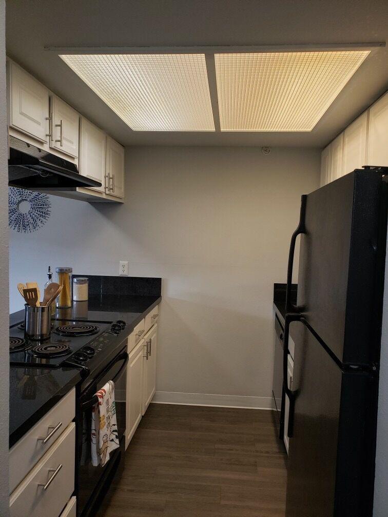 campus view 3 bed kitchen