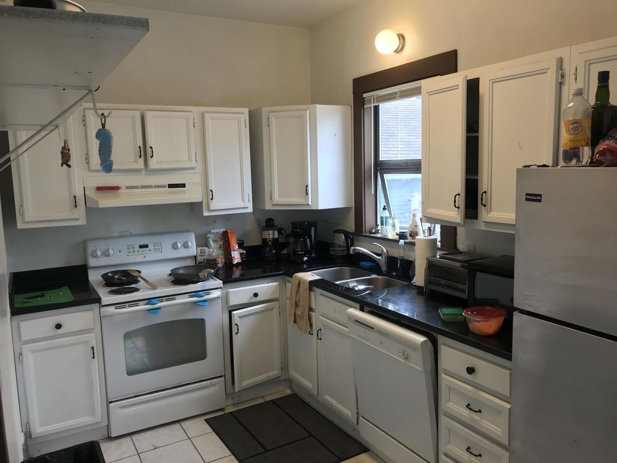 5243 kitchen 1