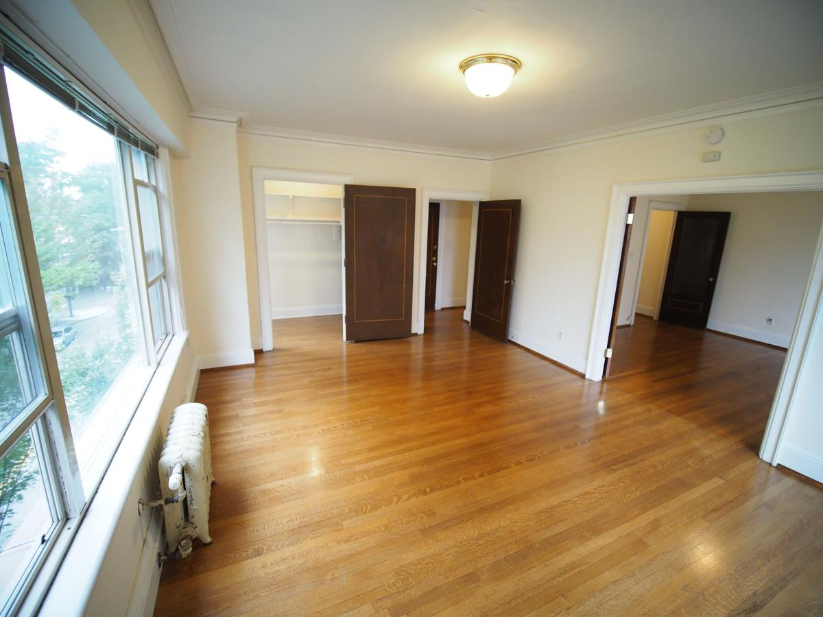 Wilsonian 2 x 1 Living Room