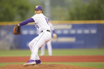 Huskies can't hold on despite strong outing from Jones