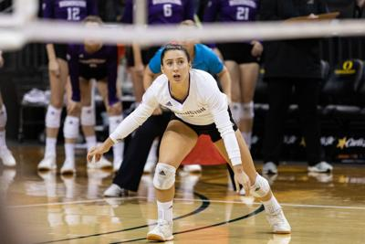 A lot of good happens for Washington in sweep of Oregon