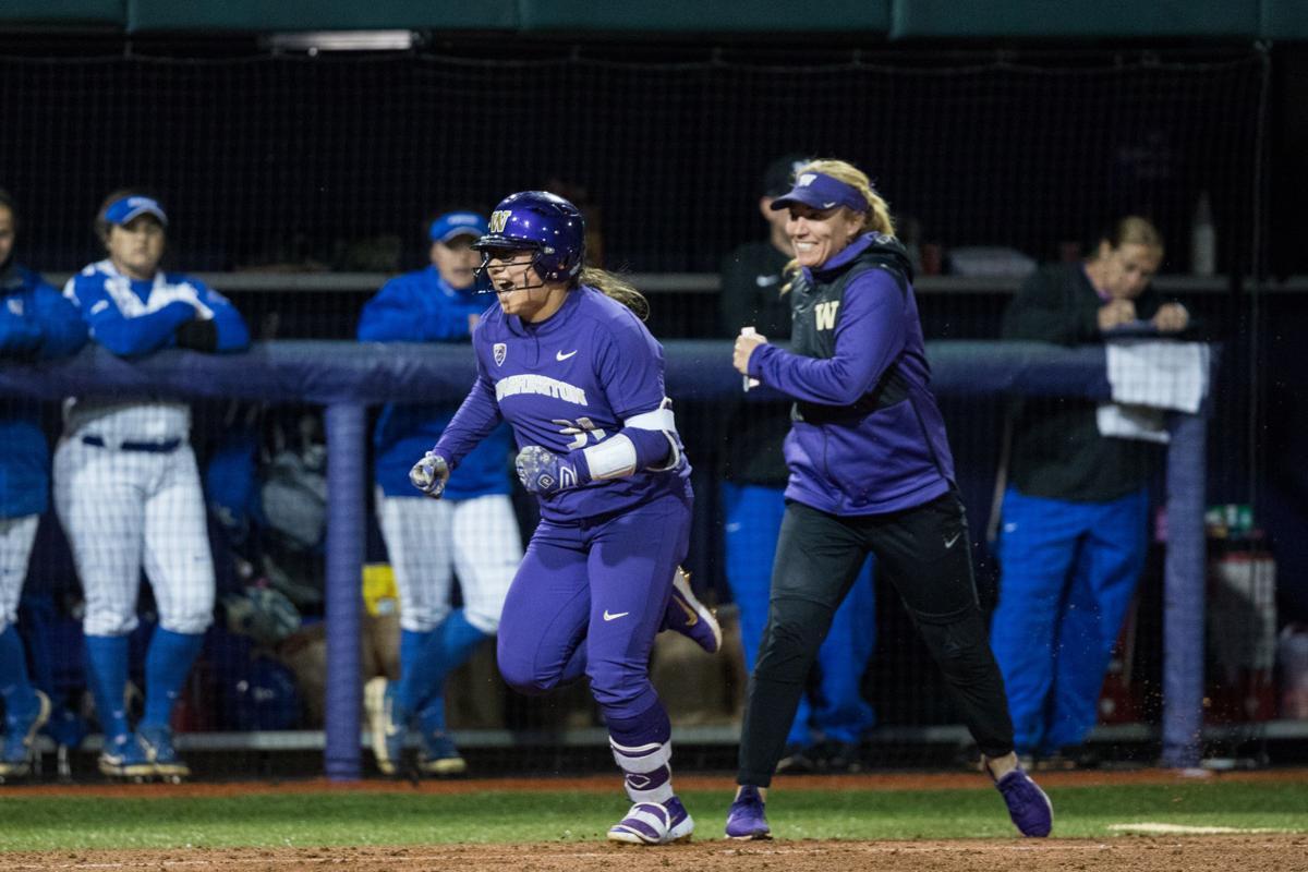 Hee shines as UW softball starts fall classic with win