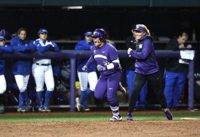 Dawgs shut out Wildcats to move on to WCWS