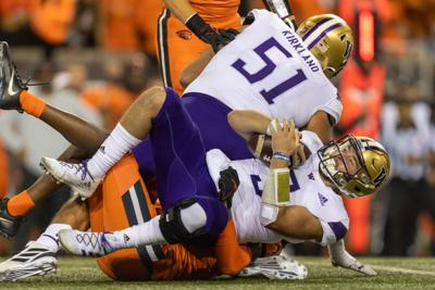 Washington folds late in first loss to Oregon State in decade