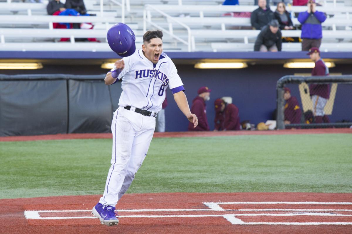 Kahle sac fly beats Sun Devils in extras, secures series win