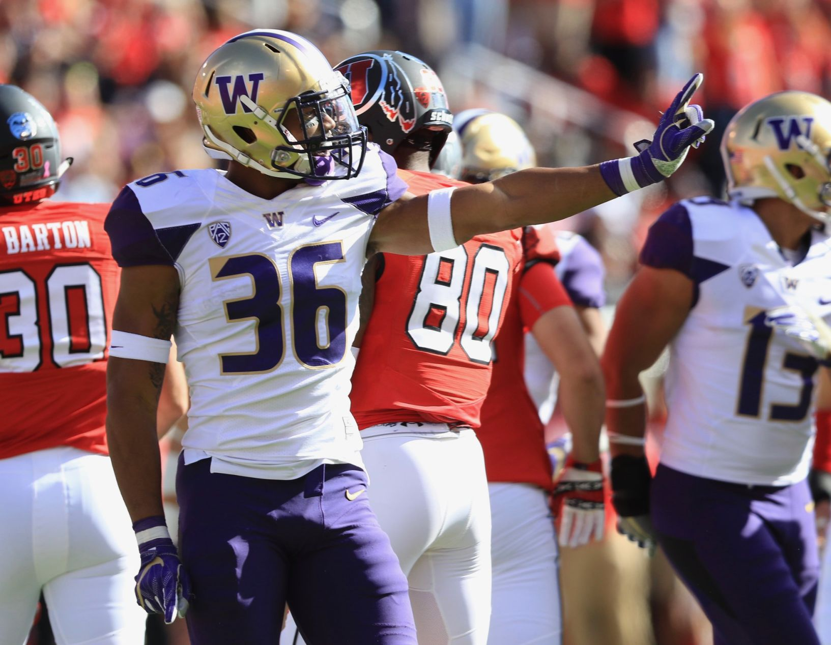 UW Huskies' Azeem Victor, Austin Joyner suspended for Friday's opener