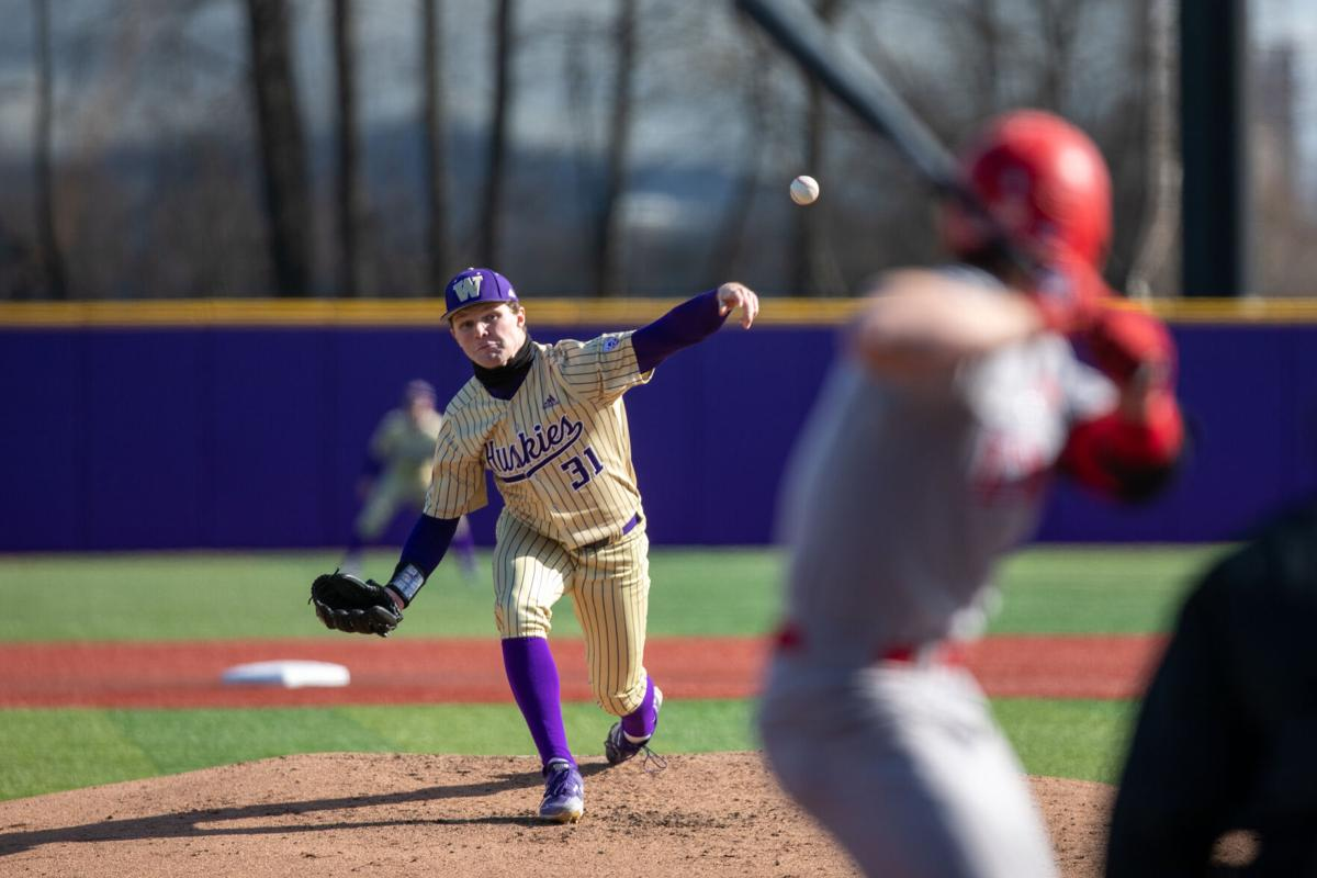 Offense dries up as UW loses rain-delayed series finale to LMU 2