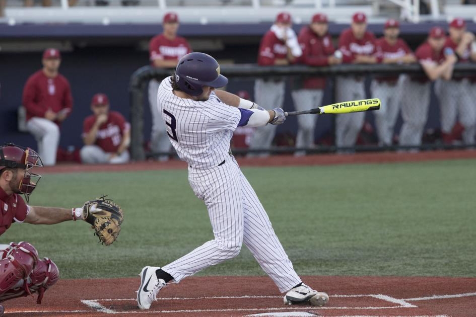 Washington drops series to UC Irvine after rough seventh inning