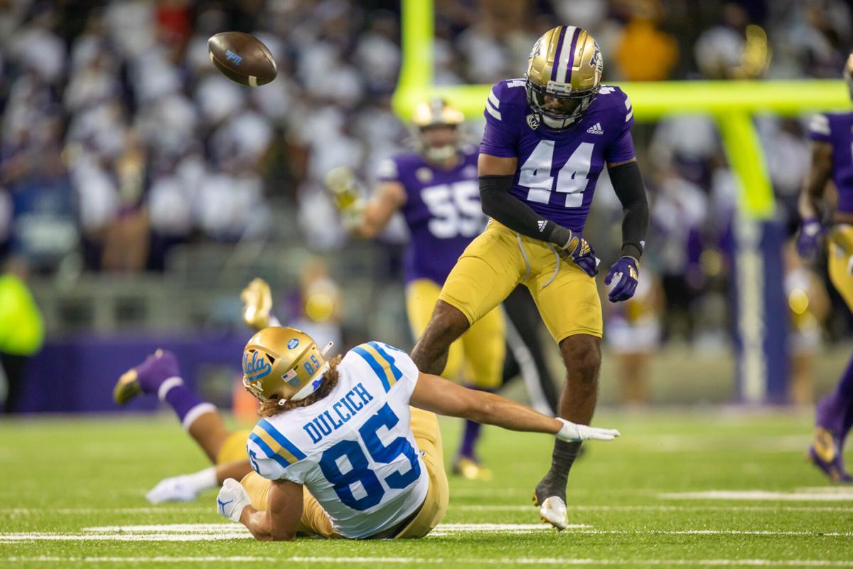 Washington vs. UCLA: Gallery