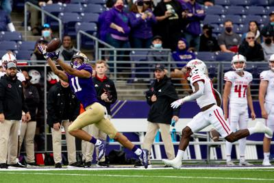 UW offense finally finds footing in big win