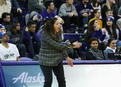 Huskies looking 'to put 40 minutes together'