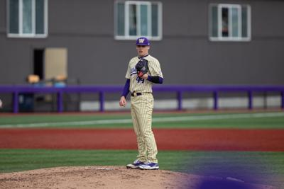 Eighth-inning heroics come up short for UW against UCI