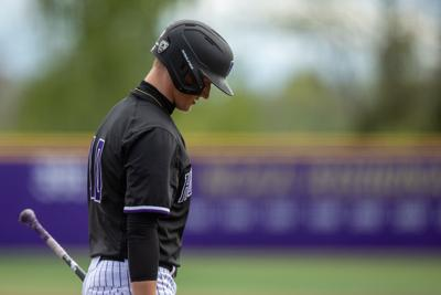Bullpen melts, bats go silent as Washington drops season-finale to WSU