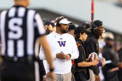 Stubborn Huskies squander nearly every opportunity in loss to Beavers