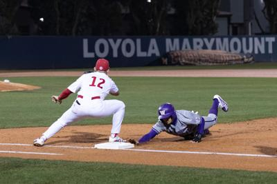 UW saves best for last in ninth inning comeback win against Fresno State