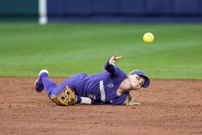Shaky pitching plagues Huskies in first loss of season to Wolf Pack