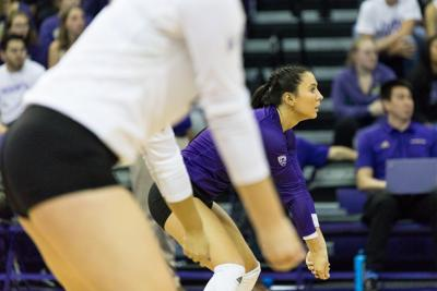 UW looks for consistency in second weekend of Pac-12 play