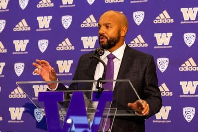 'We don't want our team to be guinea pigs': Lake applauds Pac-12 decision to postpone college football