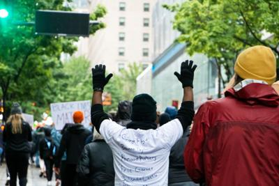 Seattle protest of police brutality goes south after peaceful demonstration