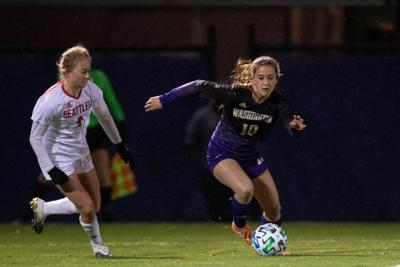 Huskies hope to carry momentum into desert road trip