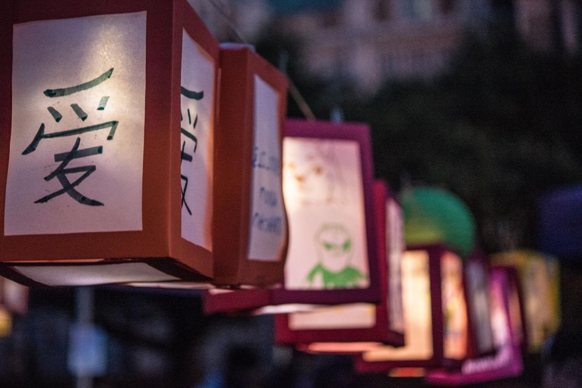 Lanterns-14.jpg