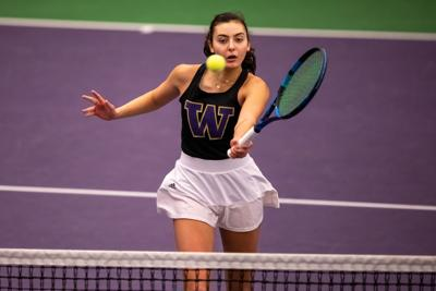 Huskies experience first loss of season in thriller against Baylor